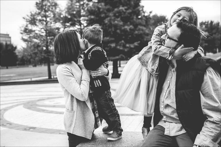 austin lifetsyle family photo session butler park_paigewilks.com_0015